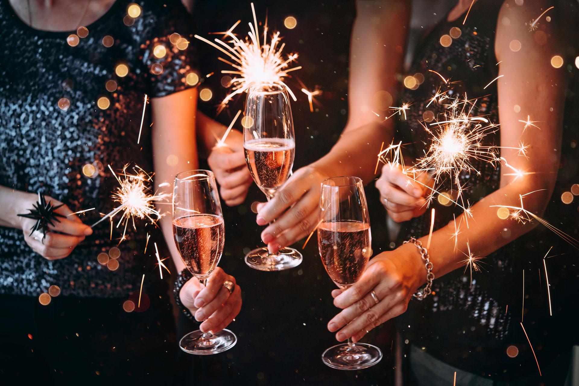 Atendemos todos os tipos de eventos particulares ou corporativos, grandes festas, casamentos  e formaturas.